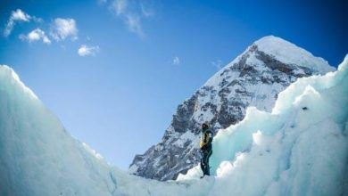 Photo of Everest, Alex Txikon fermato da venti forti e crolli di pietre