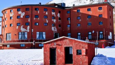 Photo of Gran Sasso, ok ai soldi per ristrutturare l'albergo di Campo Imperatore