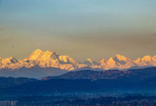 Photo of L'Everest si vede da Katmandu, non accadeva da anni