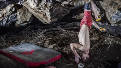 Photo of Adam Ondra su Brutal Rider, il boulder più duro della Repubblica Ceca