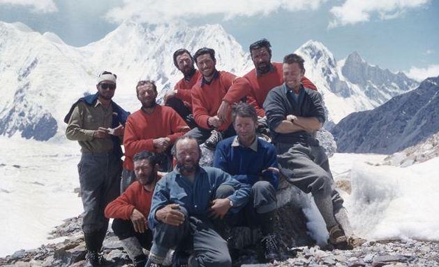 La montagna scintillante Gasherbrum IV